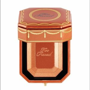 Too Faced Diamond Light Bronzer Limited Edition